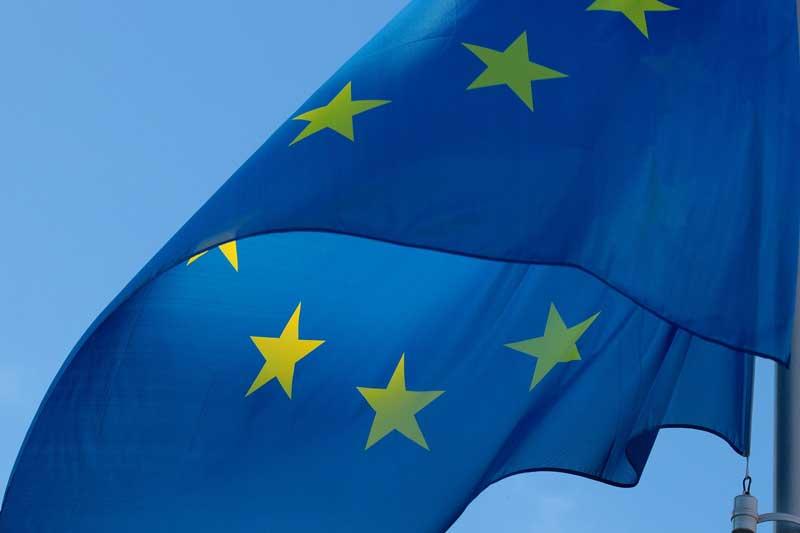 Padres extracomunitarios con hijos de nacionalidad europea podrán tener tarjeta de residencia